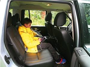 Land Rover Discovery задний диван