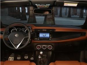 Предпросмотр alfa romeo giulietta 2014 салон