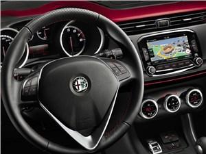 Предпросмотр alfa romeo giulietta 2014 водительское место фото 2