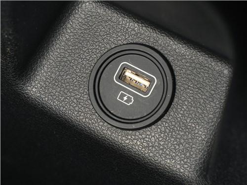 Hyundai Solaris 2020 розетка