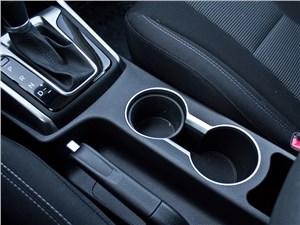 Hyundai i30 2012 подстаканники
