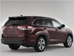 Toyota Highlander - Toyota Highlander 2013 вид сзади