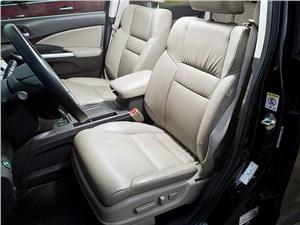 Honda CR-V 2013 передние кресла