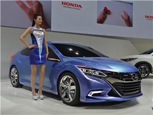 Предпросмотр honda b concept 2014 вид спереди сбоку