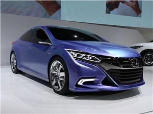 Honda B Concept 2014 вид спереди