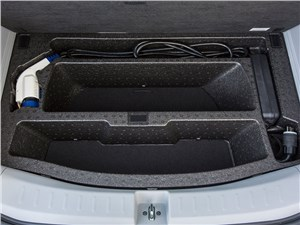 Предпросмотр honda fit ev 2013 багажное отделение 2