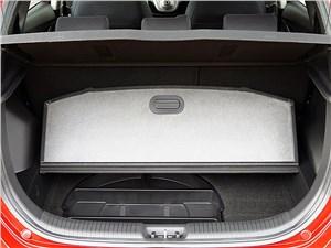 Предпросмотр hyundai ix20 2010 багажник имеет вместетельное подполье