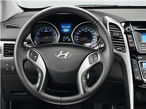 Предпросмотр hyundai i30 2012 водительское место