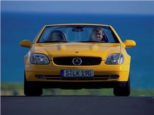 Mercedes-Benz SLK первое поколение вид спереди