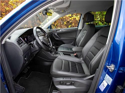 Volkswagen Tiguan (2018) передние кресла