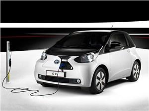 Новость про Toyota IQ - Toyota iQ EV 2013 вид спереди
