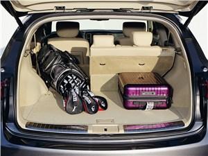 Infiniti FX30d 2012 багажное отделение
