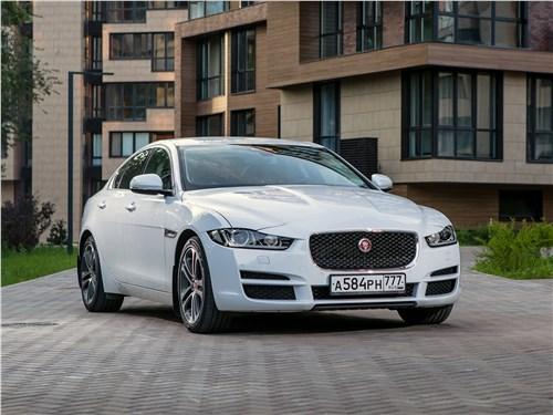 Предпросмотр jaguar xe 2016 вид спереди