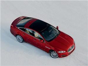 Jaguar XJ 2012 вид сверху