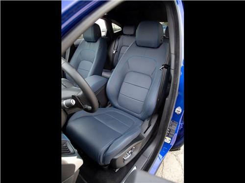 Предпросмотр jaguar e-pace 2018 передние кресла