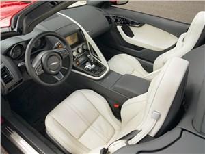 Jaguar F-Type 2013 салон