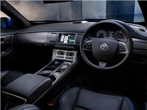 Предпросмотр jaguar xfr-s 2013 водительское место
