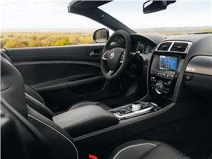 Jaguar XКR-S Convertible 2013 водительское место