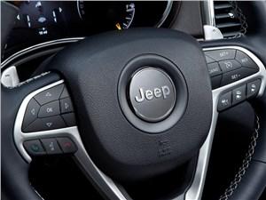 Jeep Grand Cherokee 2013 кнопки управления на руле