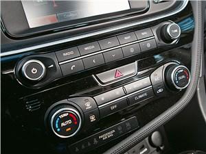 Kia Optima 2014 центральная консоль