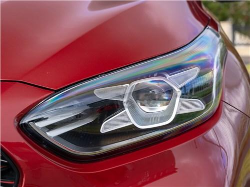 Kia Cerato 2019 передняя фара