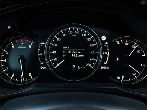 Mazda CX-9 (2021) приборная панель