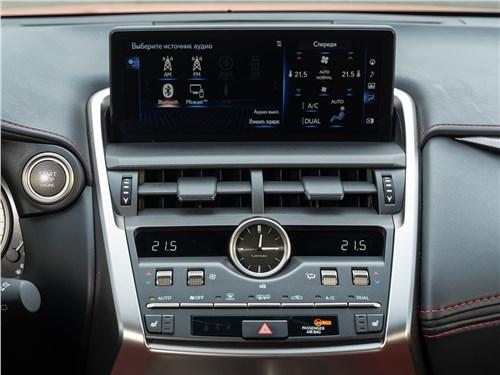 Lexus NX 2018 NX 300 АТ6 центральная консоль