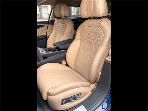Bentley Flying Spur (2020) передние кресла