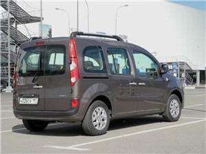 Renault Kangoo 2012 вид сзади