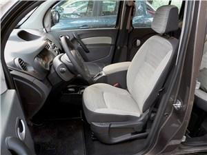 Renault Kangoo 2012 водительское кресло