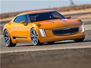 KIA GT4 Stinger concept 2014 вид спереди