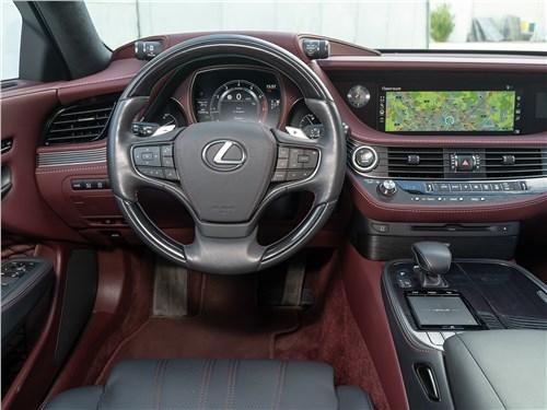 Lexus LS 500 AWD Luxury+ 2018 салон