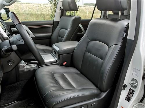 Предпросмотр toyota land cruiser 2016 передние кресла