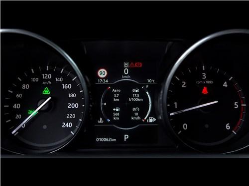 Land Rover Discovery 2017 приборная панель