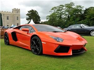 Lamborghini не будет выпускать 4-местный Aventador