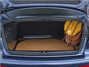 Mitsubishi Lancer 2009 багажное отделение