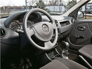 Предпросмотр lada largus 2012 водительское место