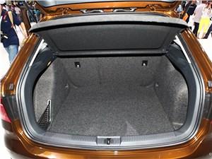 Предпросмотр volkswagen cross lavida 2014 багажное отделение