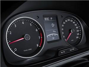 Предпросмотр volkswagen cross lavida 2014 приборная панель