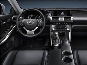 Предпросмотр lexus is 2013 водительское место