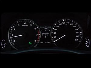 Lexus GS 2013 приеборная панель