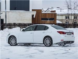 Lexus GS 2013 вид сзади