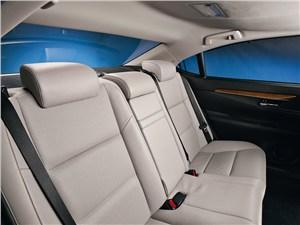 Lexus ES 2013 задний диван