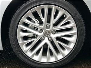 Lexus ES 2013 колесный диск
