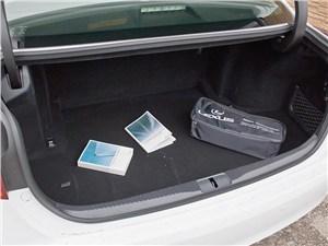 Предпросмотр lexus gs450h 2012 багажное отделение