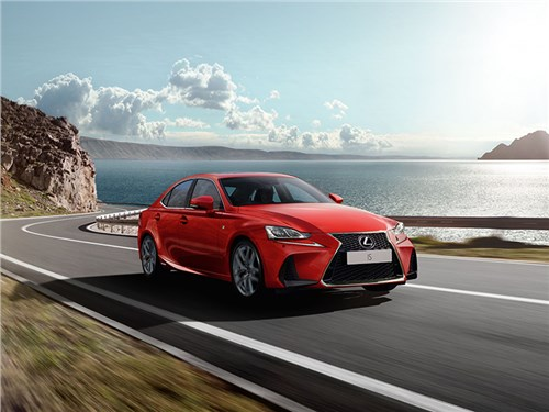 Lexus IS доступен для заказа. Без шуток