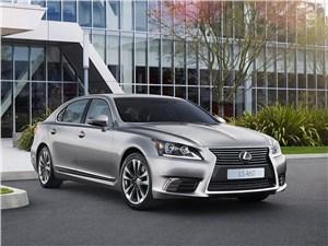 Lexus LS 2013 вид спереди