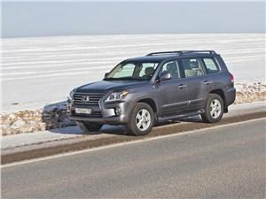 Lexus LX 570 2012 вид сбоку