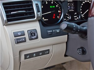 Lexus LX 570 2012 кнопки управления