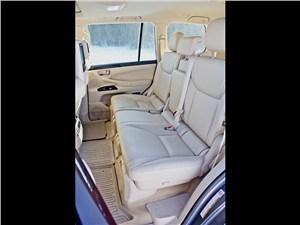 Lexus LX 570 2012 задний диван